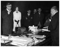 Virgilio Barco accompanied by his wife, Carolina Isakson, being sworn in as Mayor of Bogotá by President Carlos Lleras Restrepo in the President´s Office, September of 1966.