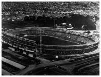 Panoramic view of the Nemsio Camacho Stadium, El Campín. During Virgilio Barco´s administration its capacity was increased from 30,000 to 60,000 spectators. Photo: S:I:/S.F.
