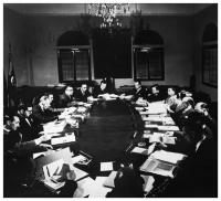 President Lleras Camargo and his ministers during a government council. Autographed photo. S.I.,/ S.F.